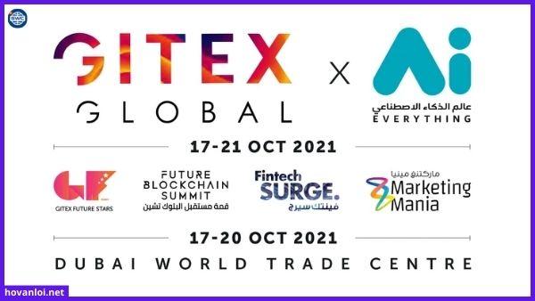 Chủ tịch Anatoni Unitsky đọc báo cáo tại triển lãm GITEX - Dubai ngày 20/10